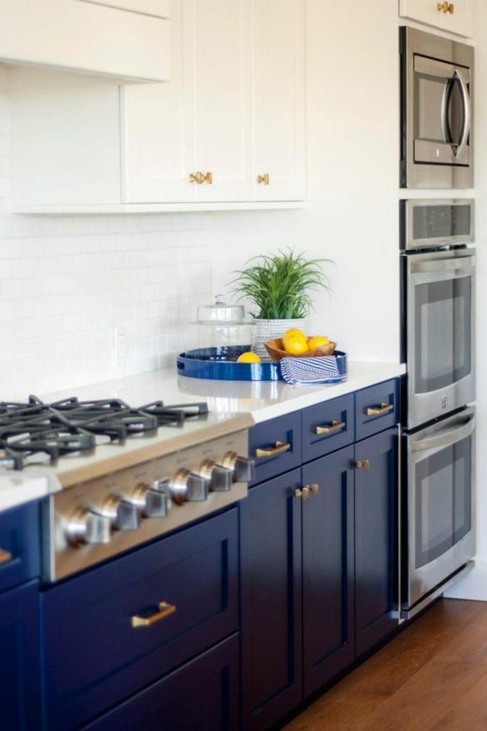 les 25 meilleures id es de la cat gorie cuisine bleu canard sur pinterest peinture bleu canard. Black Bedroom Furniture Sets. Home Design Ideas