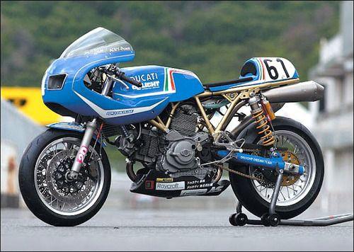 Ducati racer custom #motorcycles #ducati