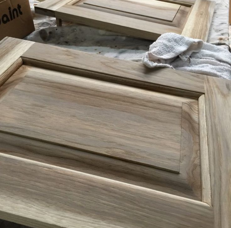 from Gardners 2 Bergers: DIY Weathered Hickory Cabinets