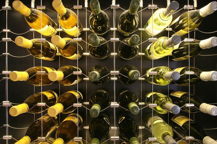 Wine Racking Canada - Wire Wine Display Racks by Cable Wine Systems