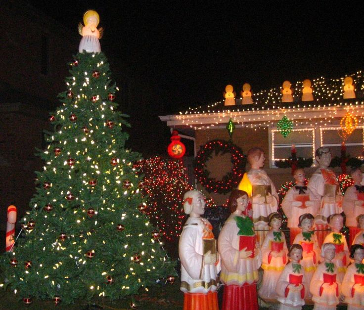 Lighted 8 Song Musical Holiday Christmas Carolers Choir: 11 Best Choir Blow Molds Images On Pinterest