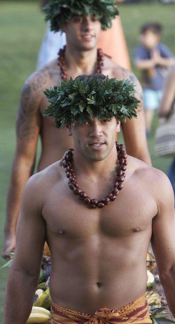 Hawaiian guys nude