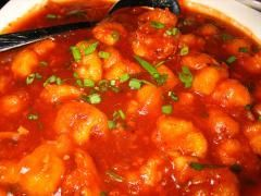 Mancare de conopida cu masline (cauliflower with olives in tomato sauce)