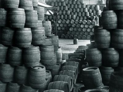 Grolsch, de la experimentul cu doua tipuri de hamei la fabrica ultra moderna: http://www.iqads.ro/istoria_marcilor/istoria_grolsch_400_de_ani_in_slujba_experimentalistilor.html