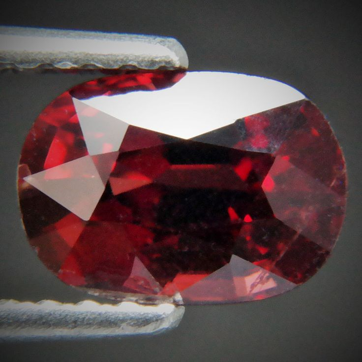 2.40ct Fantastic Red Color! Good-Looking Cushion Cut 9x6 mm Natural Red Garnet