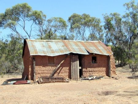 A Mud Brick hut built in 1860. It's fairly well preserved but some lunatics built a big fire inside and destroyed some furniture.