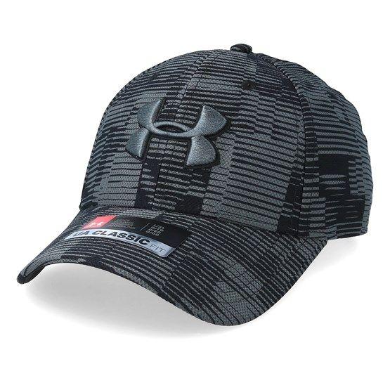 Caps Printed Blitzing 3 0 Charcoal Black Flexfit Under Armour In 2021 Black Charcoal Black Under Armour