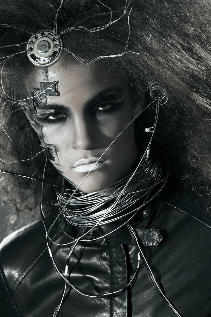futuristic make up Kreatív Sminkműhely Artist: Amin B.