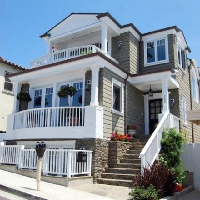 Cape Cod Architect Builder: 32 Best Tuck Under Garage Houses Images On Pinterest