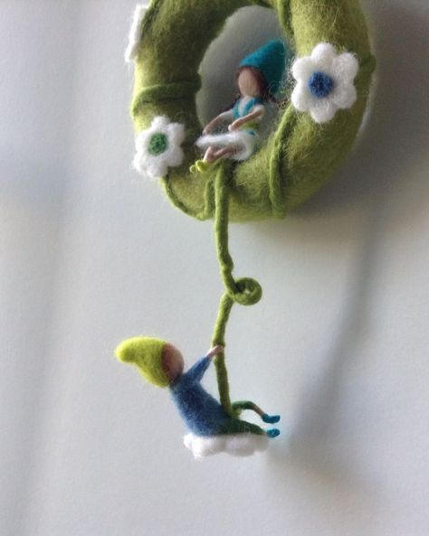 Waldorf inspirierte Nadel Filz mobile Pixies von lovebluecats
