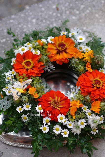 #coronita #toamna # flori #cemaimesteresc #jurnalcuflori #flowerwreath