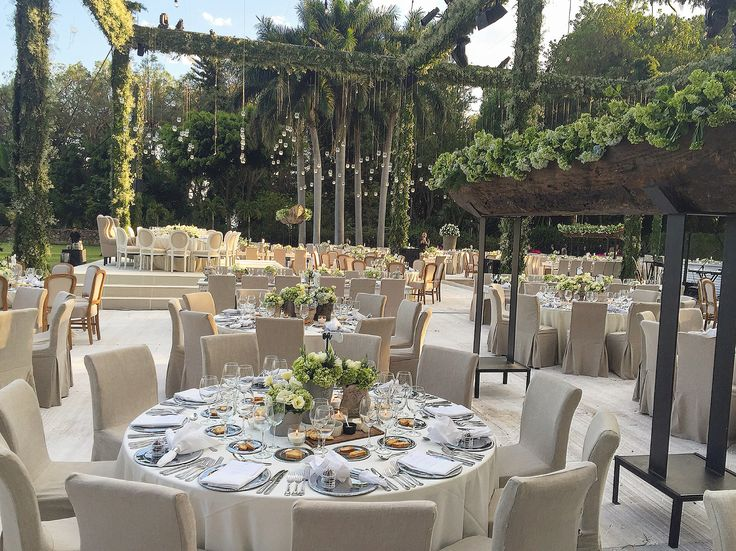 Peter de Anda – Wedding Planner