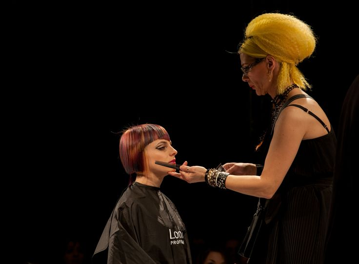 Training for hairstylists by Londa Professional Romania: Creating HOT NEW hairstyles & looks! #londahappymoments #hair #hairstylist #event #show