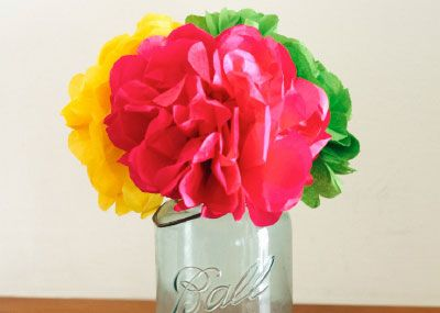 Bless a neighbor today with a bouquet of colorful tissue paper flowers!: Tissue Paper Flower, Paper Kids Saf, Kids Saf Scissors