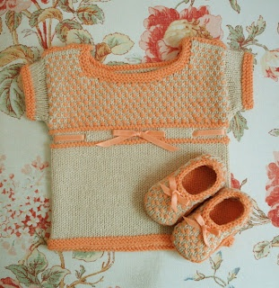"""Such a sweet newborn set--destined to be an heirloom. Free """"Petit Chou"""" knitting pattern from SockPixie."""