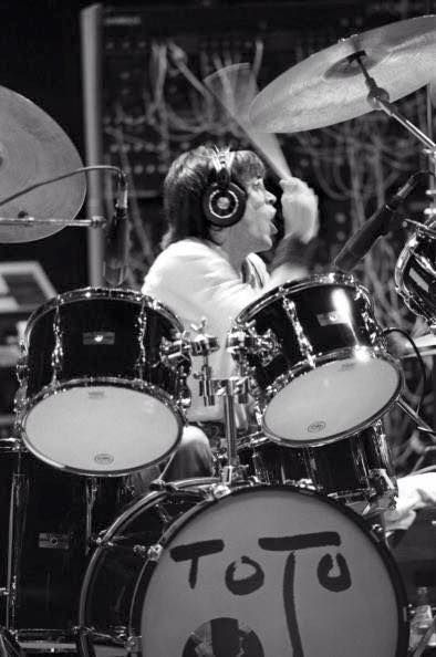 in action on Toto IV....