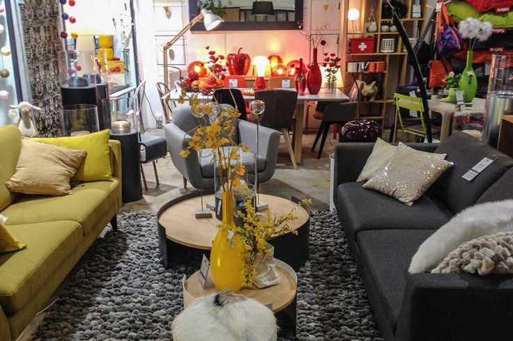 Le magasin NOX de Nantes se situe en centre ville à 100 mètres de la place Graslin. Nombreux parkings à proximité. Adresse 20, rue Racine 44000 Nantes Horaires d'ouverture Du mardi au samedi de 10h00 à 13h00 et de 14h30 à 19h00 Contact Tél : 02 40 75 34 71 Fax : 02 40 75 34 71