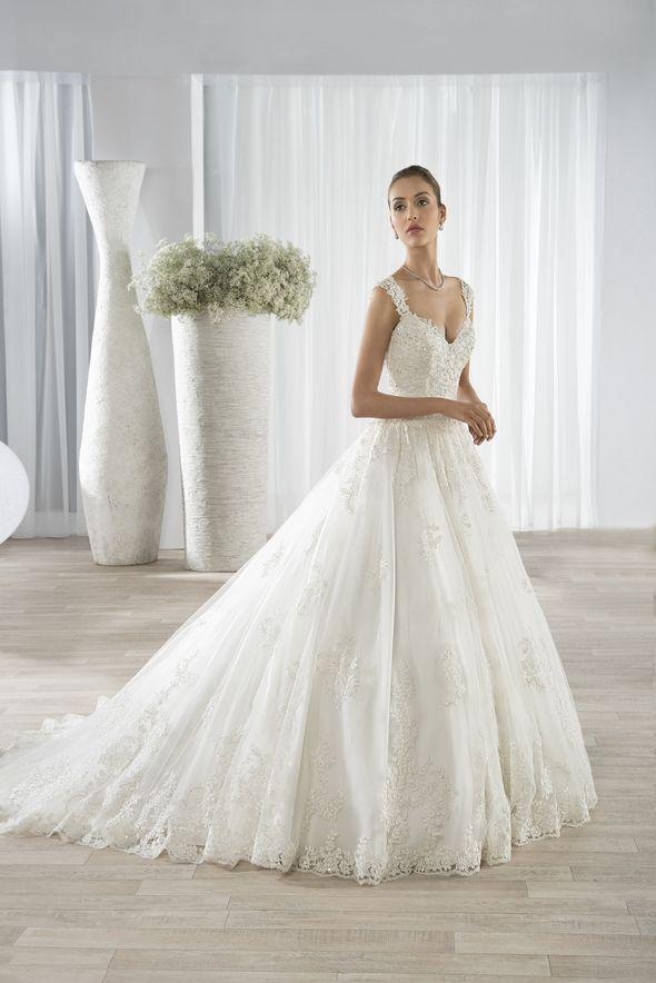 Νυφικά Φορέματα Demetrios 2016 Collection - Style 605