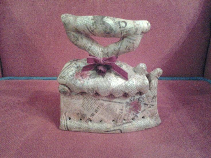 iron antique made by Erifili