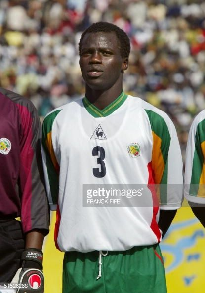 portrait-of-senegal-national-soccer-team-midfielder-pape-sarr-taken-picture-id51526268 (415×594)