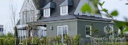 Fassadenfarbe grün  Pure & Original Shop | Klassische Fassadenfarbe | Haus | Pinterest
