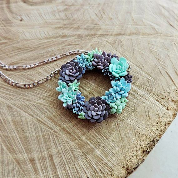 Little succulent wreath Multicolor succulent by sofoxyclay