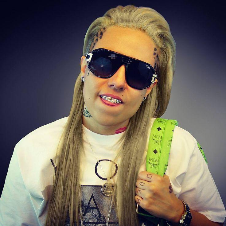#NickyOMG NickyOMG.com #MCM #ModeCreationMunich #BLVD #SODMG #Music #Artist #R&B #Cazal #Sunglasses #Blonde #Grillz #Truth