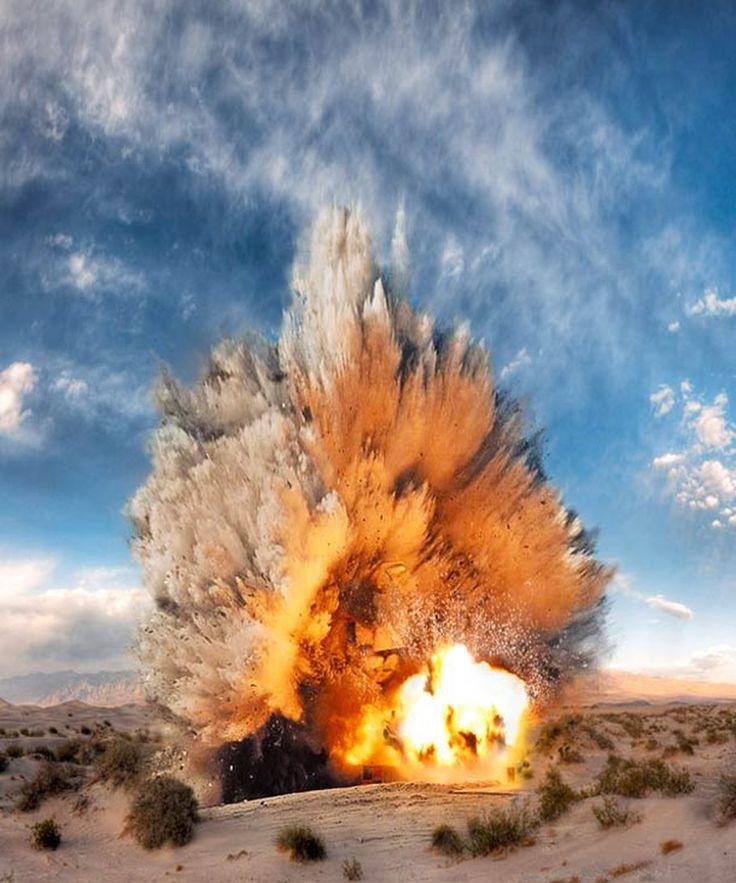 Смотреть картинки взрывы