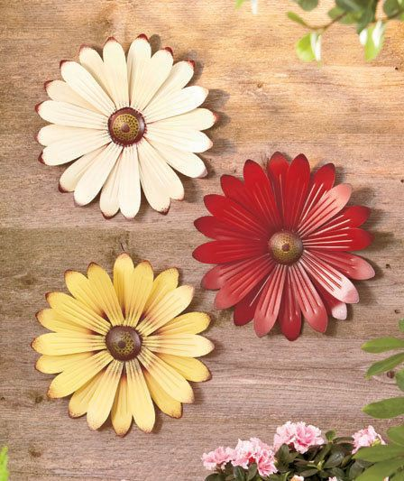 Metal Wall Flowers Indoor Outdoor Home Decor Daisy Art Home Patio Lawn Ornament #MetalWallFlowers #CottageCountry