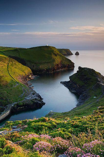 A calm evening at Boscastle, Cornwall, England (by derwood87101).