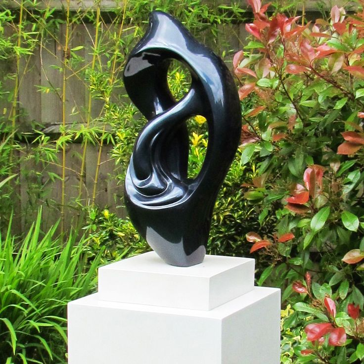 Large Garden Sculptures - Modern Metallic Twist Abstract Statue. Buy now at http://www.statuesandsculptures.co.uk/modern-metallic-twist-abstract-garden-sculpture-large-statues