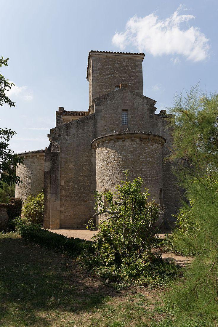 """""""Germigny-des-Prés - Église de la Très-Sainte-Trinité 14"""" autorstwa Pymouss - Praca własna. Licencja CC BY-SA 4.0 na podstawie Wikimedia Commons"""
