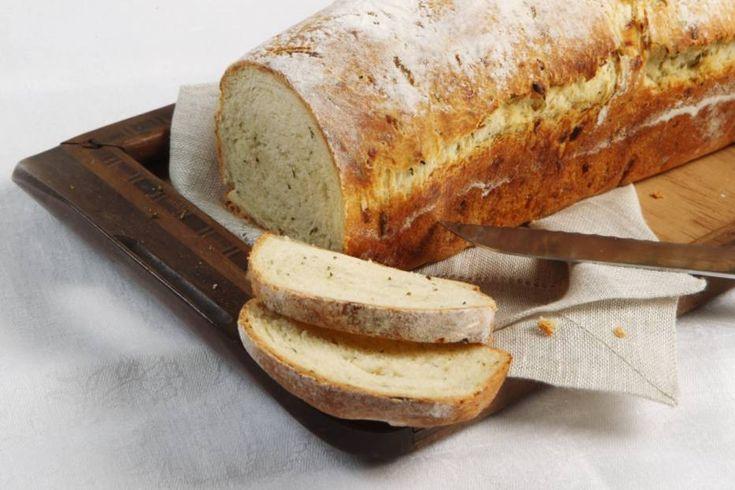 Pão rústico com ervas