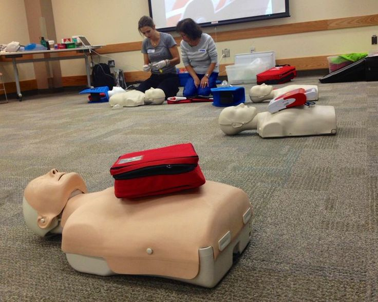 Rachel asks for help from a student during a CPR demonstration. We recently taught several fun & successful Emergency First Aid courses at Peace Arch Hospital.