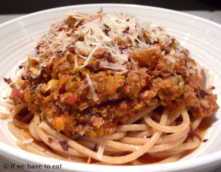 I've managed to get much more flavor out of version 2 of the spaghetti bolognaise recipe.  Sweating out the onions and garlic and then cooking the meat first have made a huge difference to the fina…