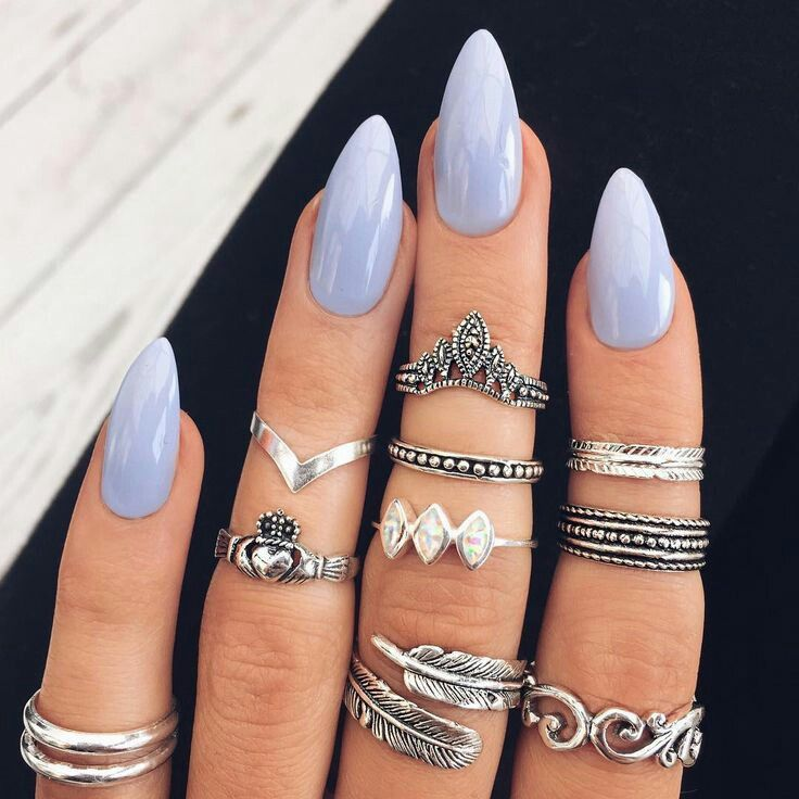 Almond shaped periwinkle nails