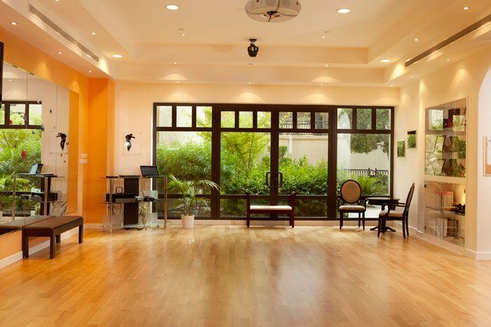 Choose a Suitable Commercial Interior Design @ http://www.mediafire.com/view/526215e7w3494sb/Choose_a_Suitable_Commercial_Interior_Design.pdf