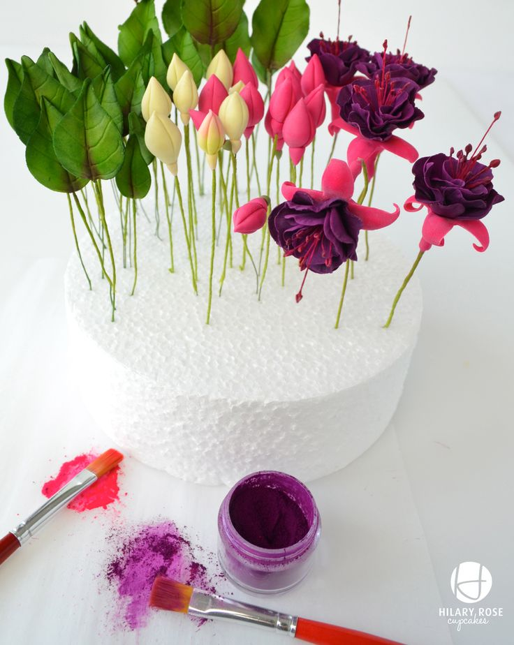 Fuchsias in bloom wedding cake.