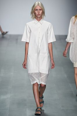 Christopher Raeburn Spring 2015 Ready-to-Wear Fashion Show: Complete Collection - Style.com contrast