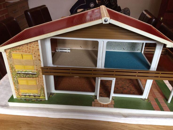 Oak Leaf Dolls House | eBay