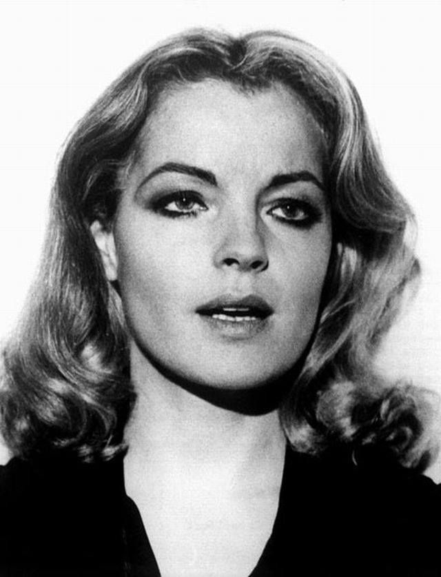 "Romy in ""Les innocents aux mains sales""30"