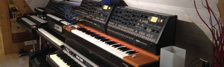 Le studio d'enregistrement MDDP vous propose un vaste choix de claviers vinatge couvrant des années 60 à nos jours.