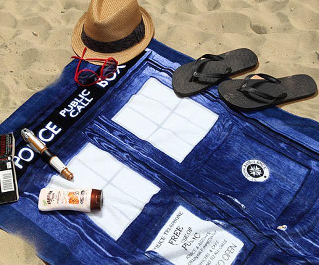 Doctor Who TARDIS Beach Towel | DudeIWantThat.com