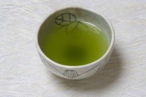 Green Tea Benefits  Legend has it that the Chinese emperor Shen Nung was drinki