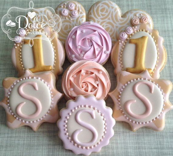 17 Best Ideas About Shabby Chic Cakes On Pinterest Blue