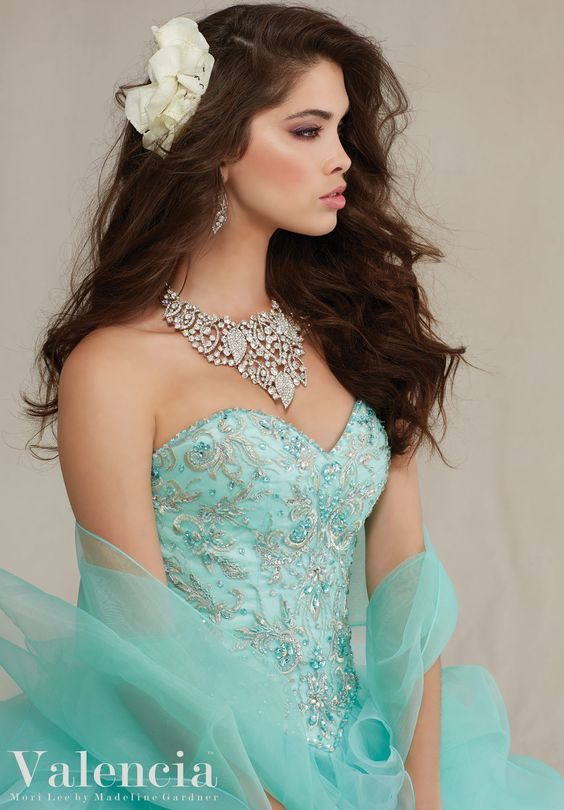 203 Best Quinceanera Hairstyles Images On Pinterest