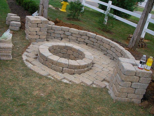 fire pit: Fire Pits, Gardens Ideas, Backyard Ideas, Houses, Pit 11, Firepit Ideas, Fire Pit Gardens, Landscape, Gardens Outdoor