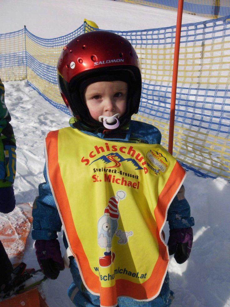 Smarty Mini Club-Skifahrer: Die Lungauer Skischulen St. Michael und Mauterndorf bieten mit dem Smarty Mini Club ein speziell auf die Bedürfnisse von Kleinkindern abgestimmtes Ski-Kinderprogramm.