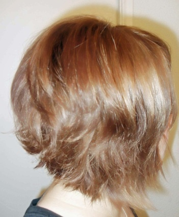 Layered Graduated Bob/Warm Medium Blonde with Highlights & low-lights ...