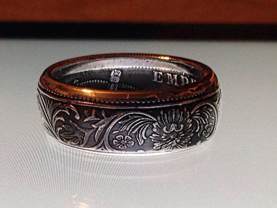Indian Rupee-Victorian Coin Ring... LOVE the details!